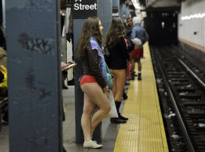 USA-NO PANTS SUBWAY-NYC